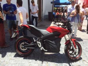 Moto Cero Feria-vehiculos-electricos-2