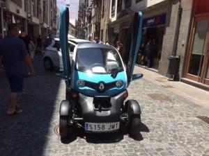Twizy Feria-vehiculos-electricos-1